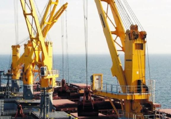 Offshore transhipment of bauxite